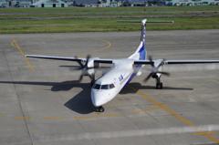 小型機のターミナル前Uターン2