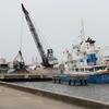 土砂運搬船 2