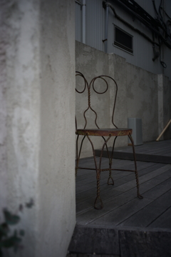 主を待つ椅子