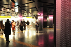駅の風景 3