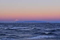 東京湾アクアラインと富士