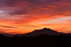 朝焼けの筑波山 2