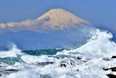 荒れる海 2