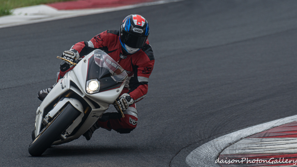 富士スピードウェイ バイク枠