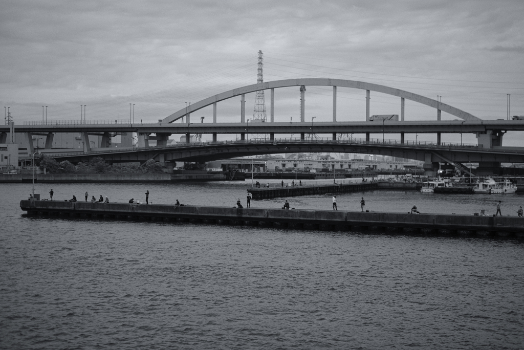 大阪南港の夕暮れ