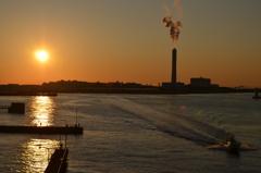南港の夕日