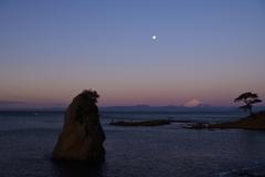 秋谷立石の富士