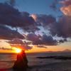 秋谷立石の夕照