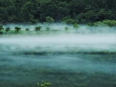 只見湖の朝