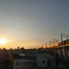 夕日の染まる街並み