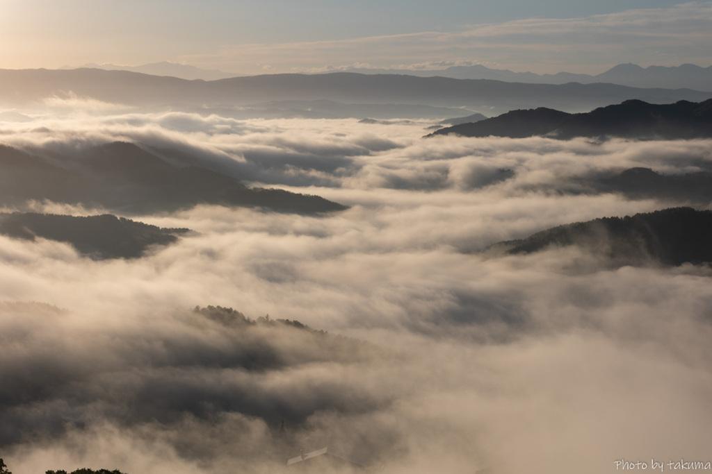 神威岳 雲海その2