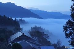 八合霧の朝