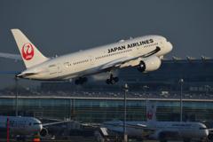 羽田B滑走路上がり JAL B-787