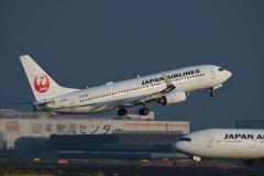 羽田B滑走路上がり JAL B-737