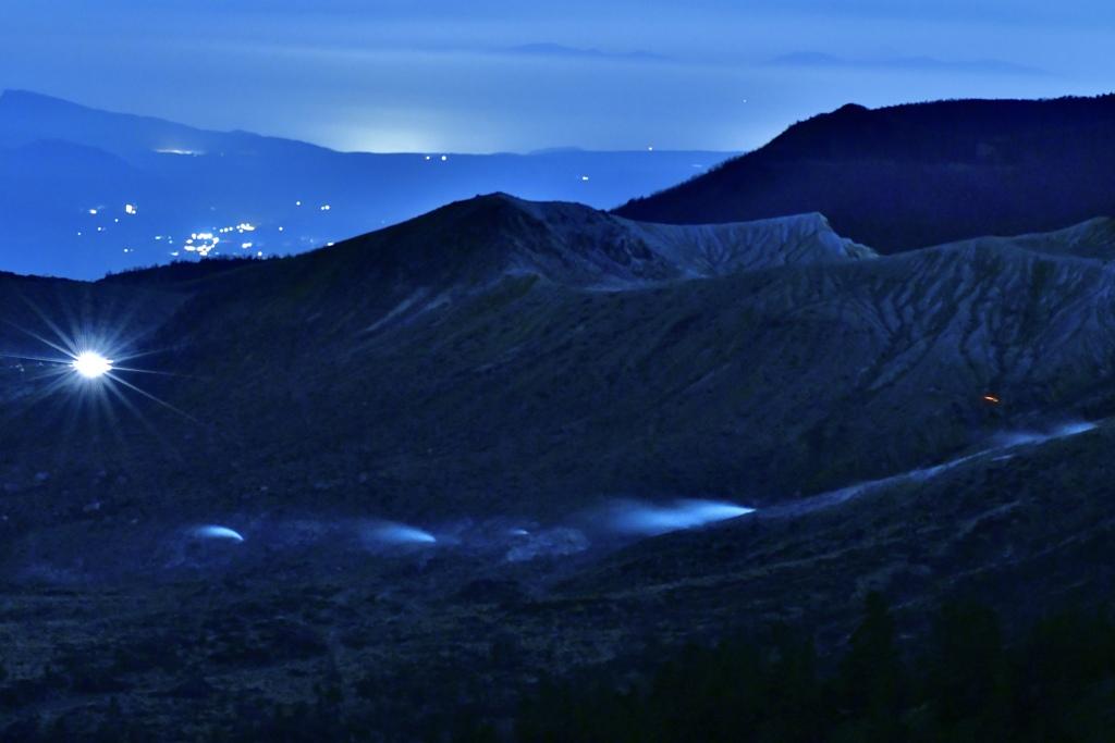 夜の白根山