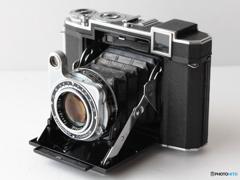 別れにゃならないカメラシリーズ-1 スーパーイコンタ 532/16-①