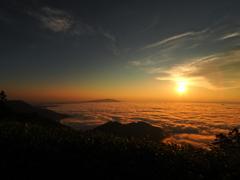 雲海の日の出2