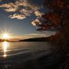 秋の屈斜路湖と朝日