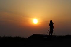 弥彦山スカイライン パラグライダーカタパルトからの夕日