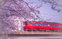 君は旅立つ....赤い列車で