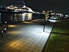 横浜:港沿いの公園