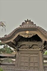 遊行寺の中雀門(ちゅうじゃくもん)