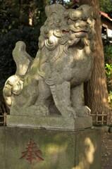 狛犬:弥生神社