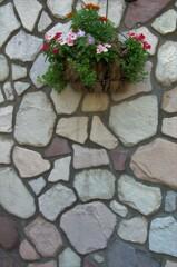 石壁にアクセントを。