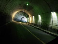 トンネルの奥