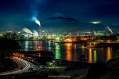 工場夜景 田子の浦と富士山