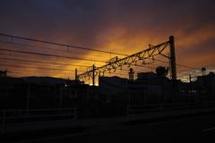 夕暮れ線路沿い