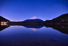 静かな富士山