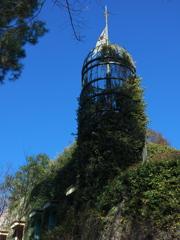 青空に映える塔