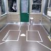 阪神電車の中にバッターボックス
