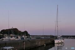 港の船① ヨット