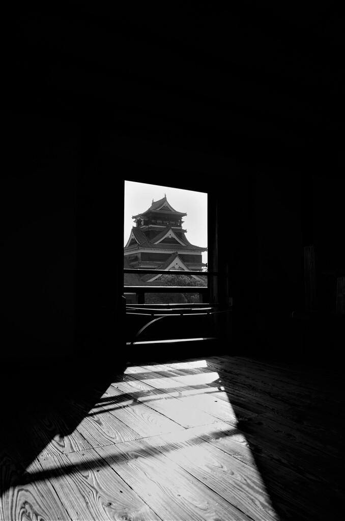 宇土櫓最上階から見た熊本城大天守