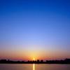 陽はまた昇り繰り返す