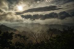 朝焼けと雲と朝霧