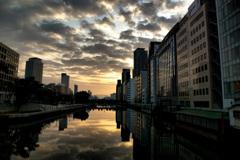 大阪の目覚め