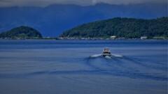 湖上の離島 2