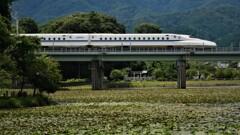 走る新幹線 4