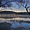 余呉湖の夜明け