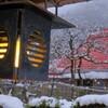 軒行灯雪景