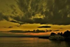 日暮れの彦根港 2