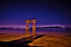 琵琶湖午前三時
