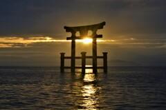 近江厳島の湖中鳥居