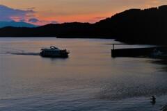 琵琶湖夕暮れ通船