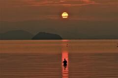 湖辺の朝釣り 3