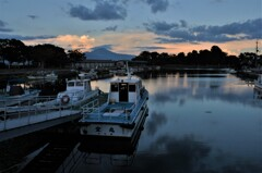 初秋の南浜漁港夕景