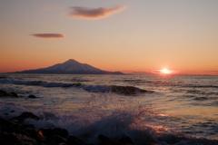 利尻富士と沈む夕日
